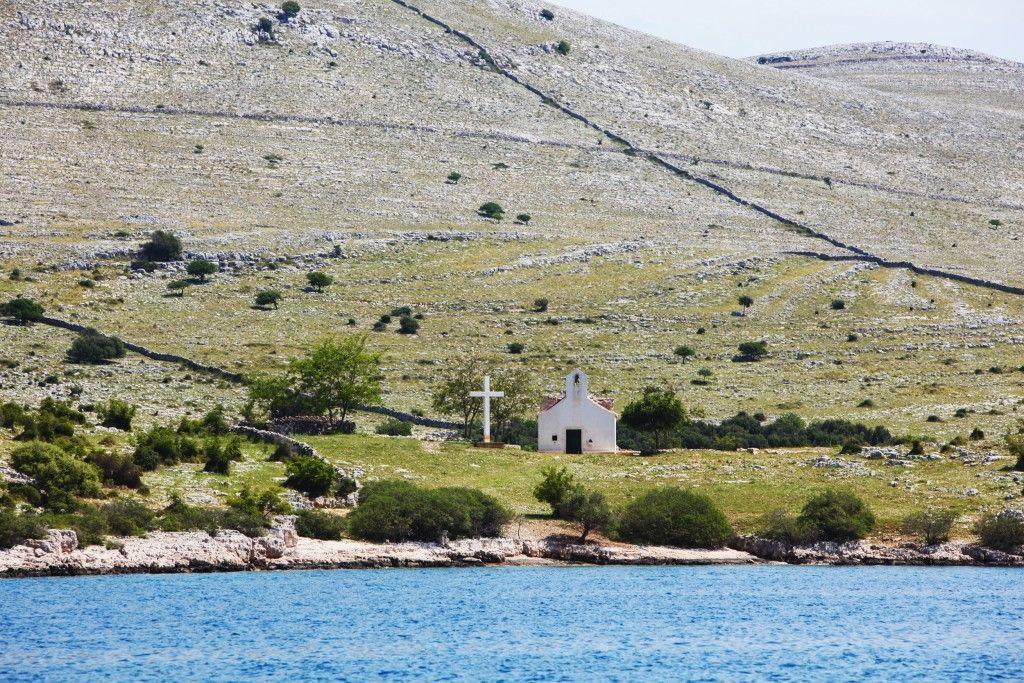 Pogled sa broda na Jadranu